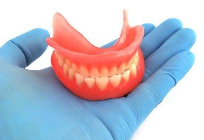 gigi palsu gigi tiruan