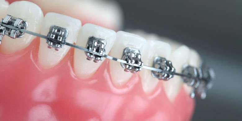 dokter gigi spesialis